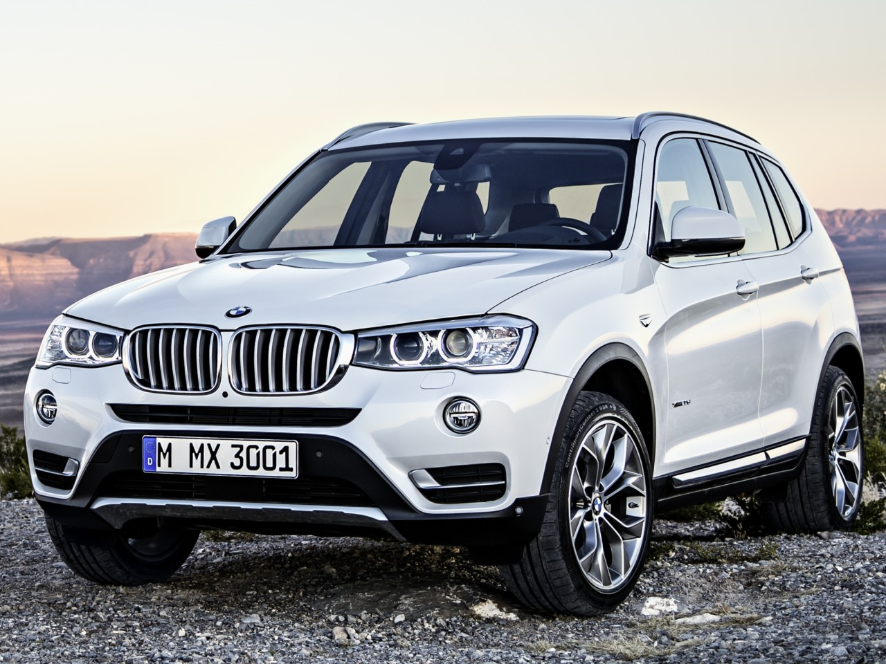 BMW X3 2011年モデル 新車画像