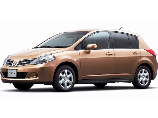 日産 ティーダ 2004年モデル 新車画像