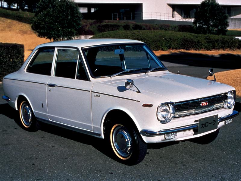 トヨタ カローラ 1966年モデル 新車画像