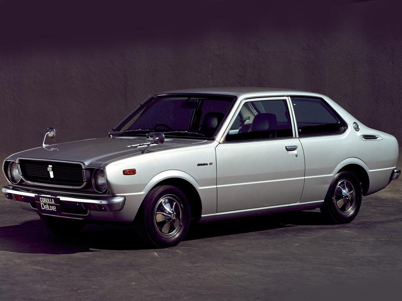 トヨタ カローラ 1974年モデル 新車画像