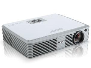 Acer K330 の製品画像