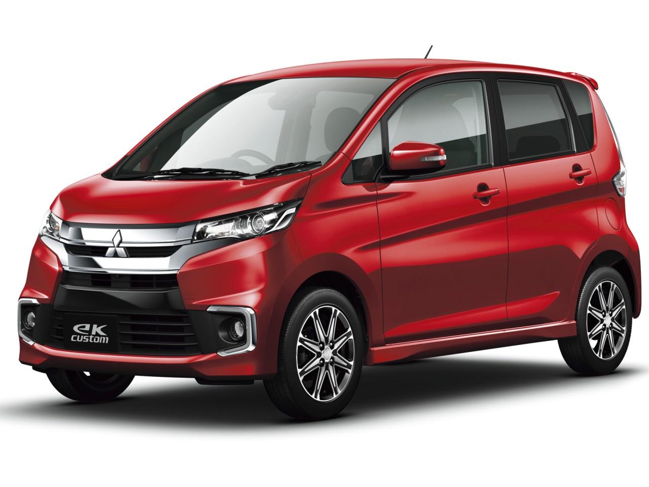 三菱 eKカスタム 2013年モデル 新車画像