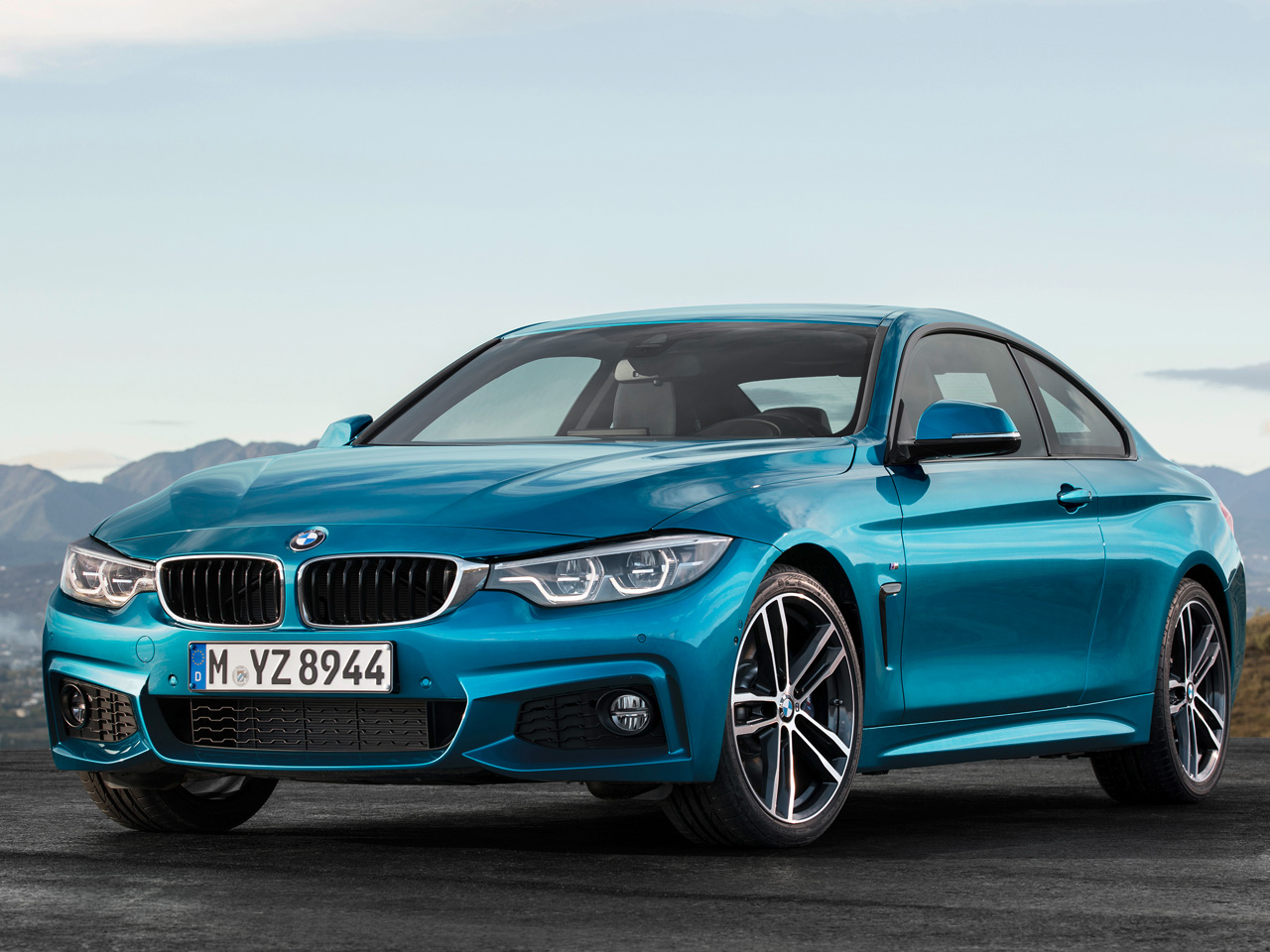 BMW 4シリーズ クーペ 2013年モデル 新車画像