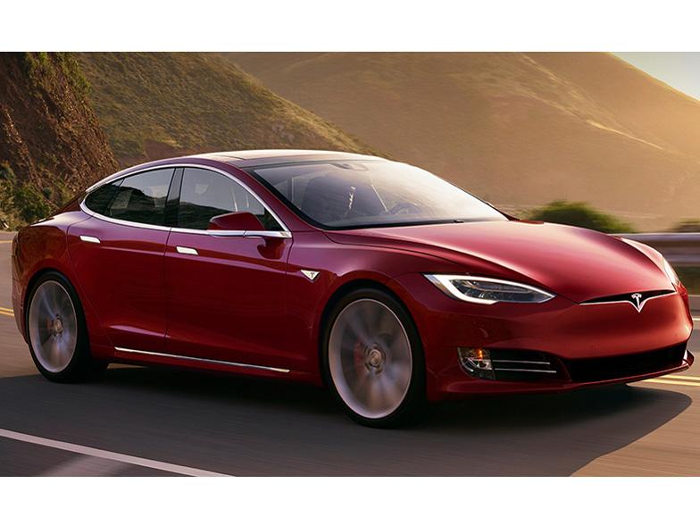 テスラ モデルS 2014年モデル 新車画像