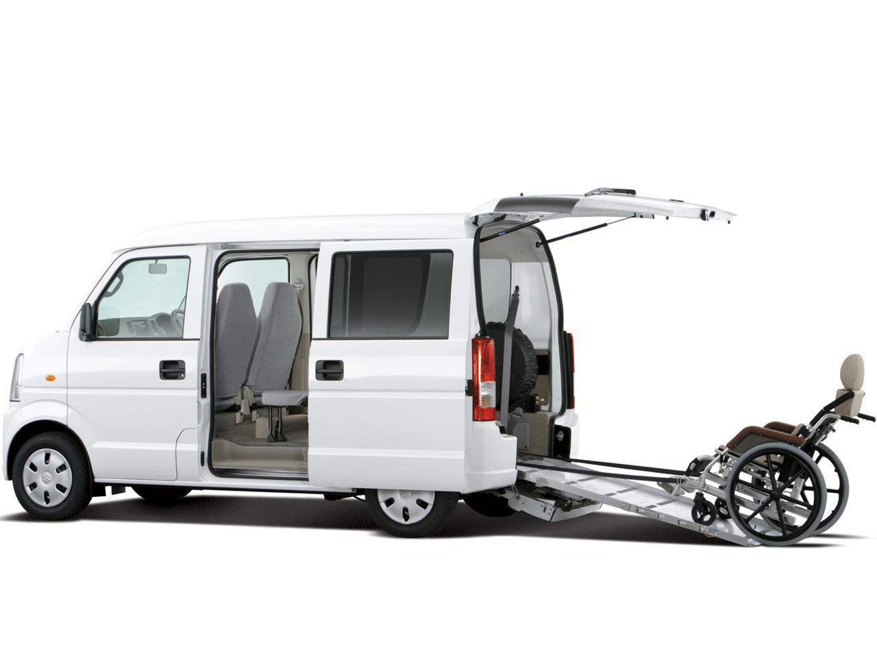 スズキ エブリイ 福祉車両 2005年モデル 新車画像