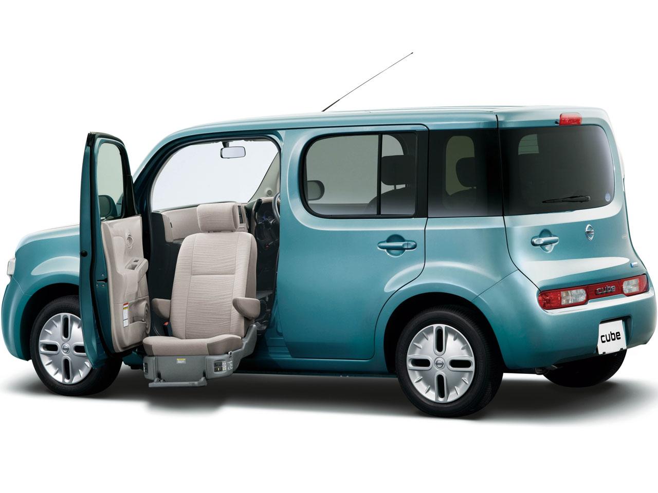 日産 キューブ 福祉車両 2008年モデル 新車画像