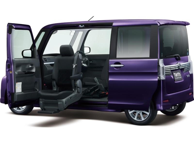 ダイハツ タントカスタム 福祉車両 2013年モデル 新車画像