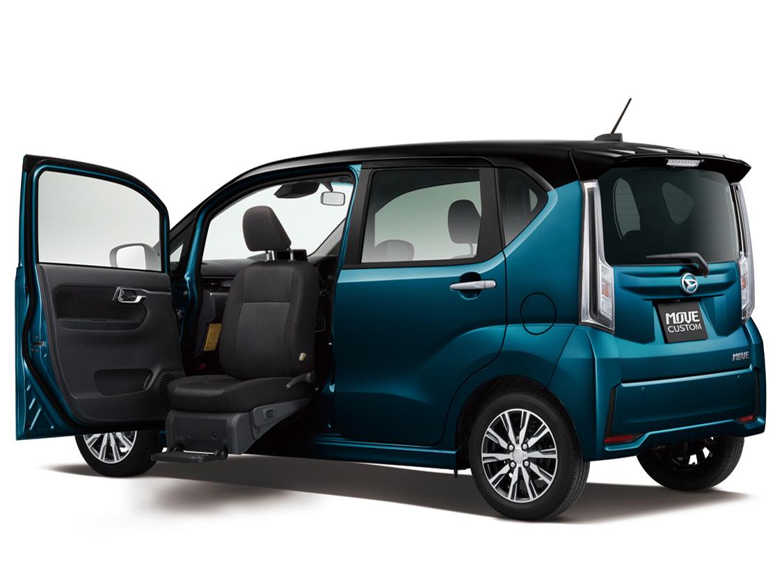 ダイハツ ムーヴカスタム 福祉車両 2014年モデル 新車画像