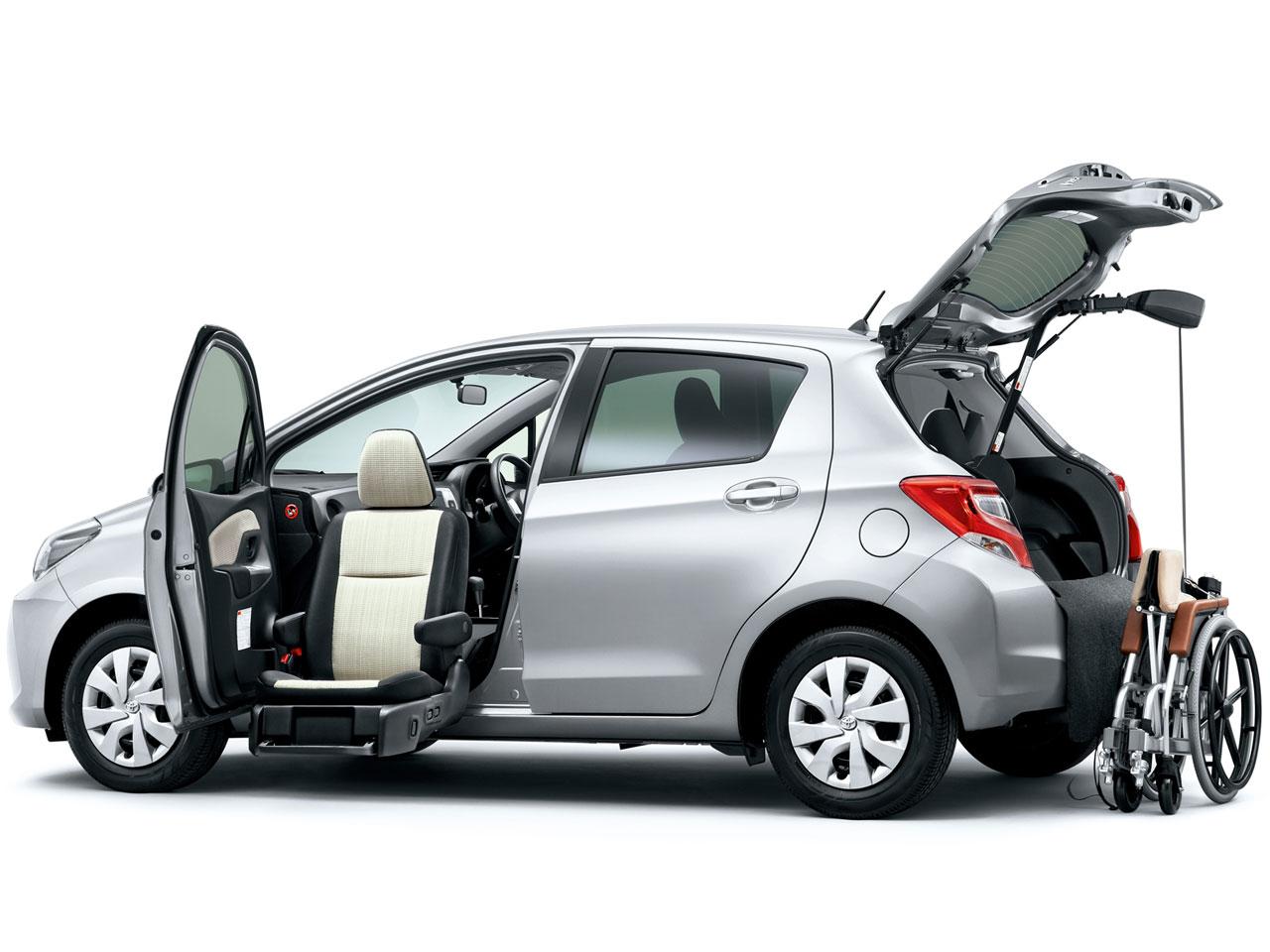 トヨタ ヴィッツ 福祉車両 2010年モデル 新車画像