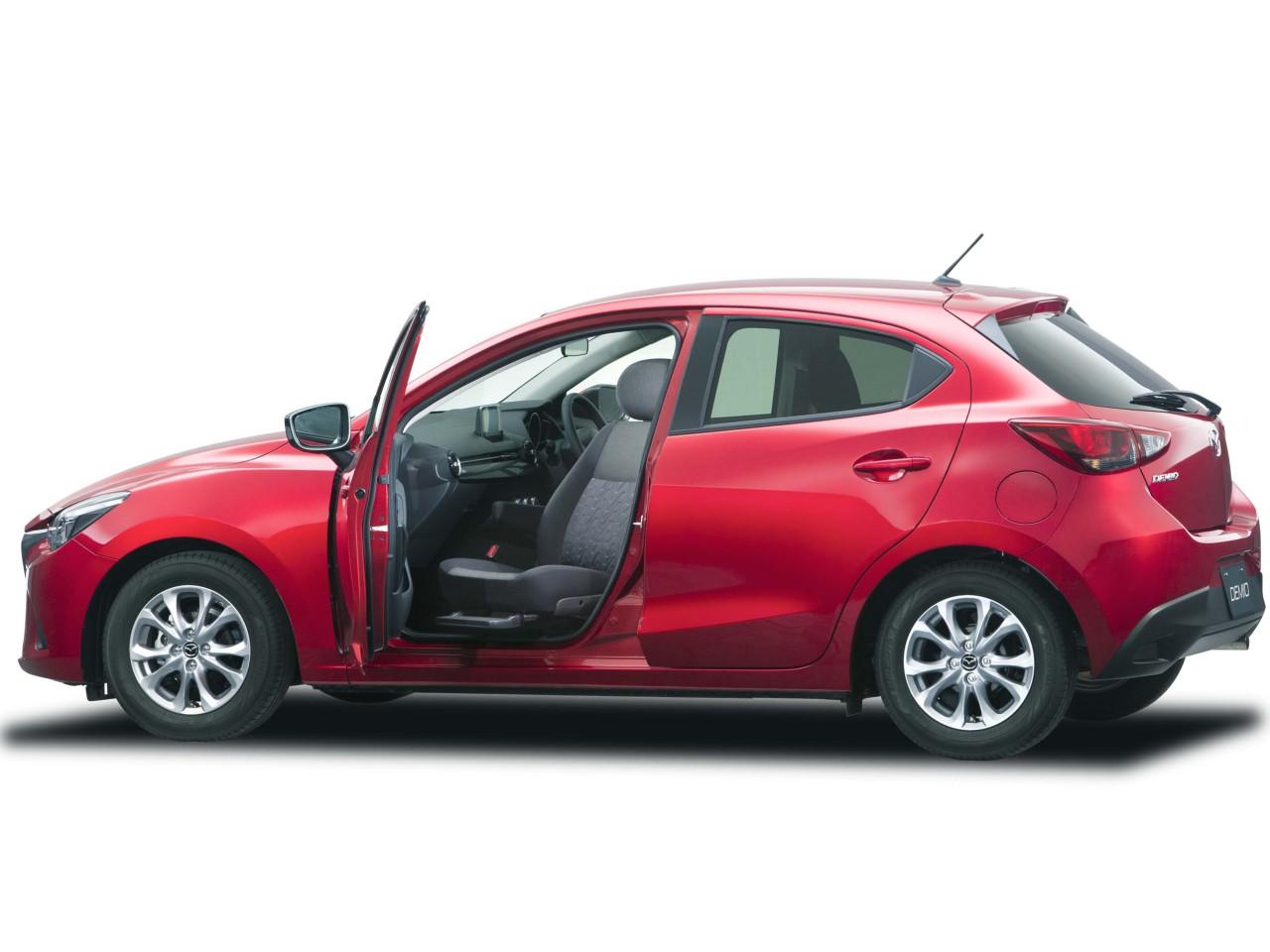 マツダ デミオ 福祉車両 2015年モデル 新車画像