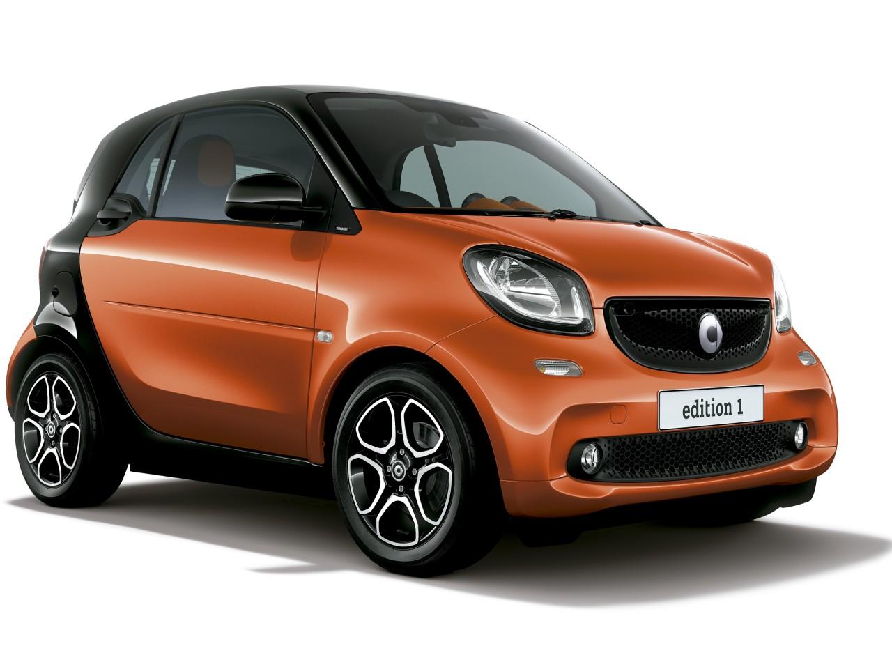 スマート フォーツー クーペ 2015年モデル 新車画像