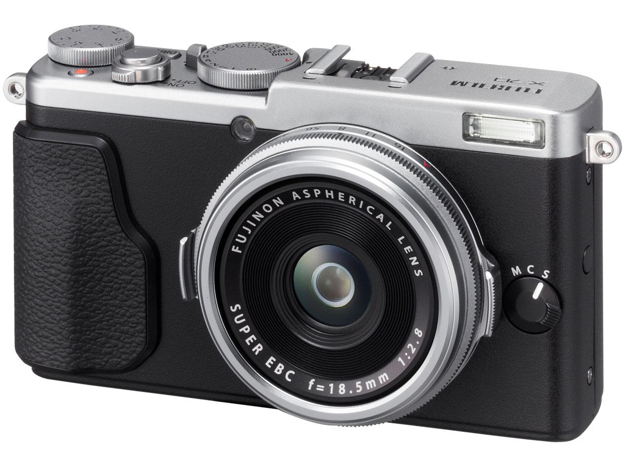 『本体 正面』 FUJIFILM X70 [シルバー] の製品画像