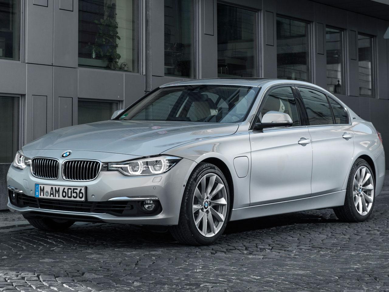 BMW 3シリーズ セダン プラグインハイブリッド 2016年モデル 新車画像