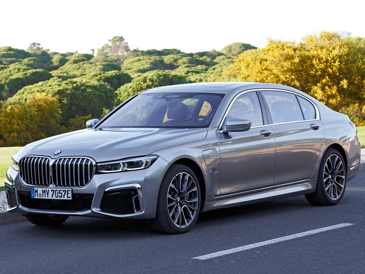 BMW 7シリーズ セダン プラグインハイブリッド 2016年モデル 新車画像