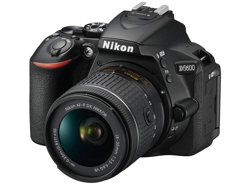 『本体 正面1』 D5600 18-55 VR レンズキット の製品画像