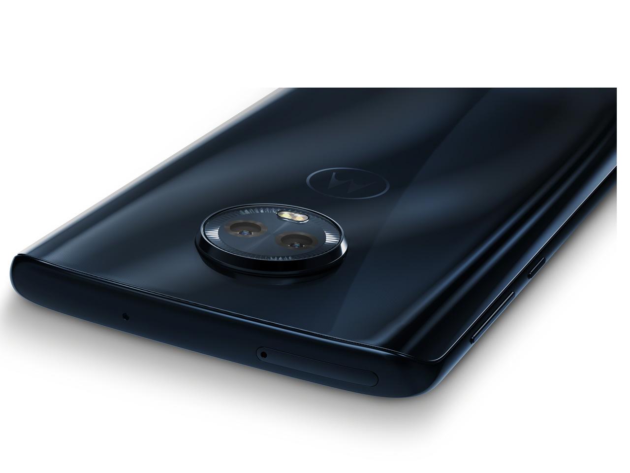 『本体 部分アップ』 moto g6 Plus SIMフリー の製品画像