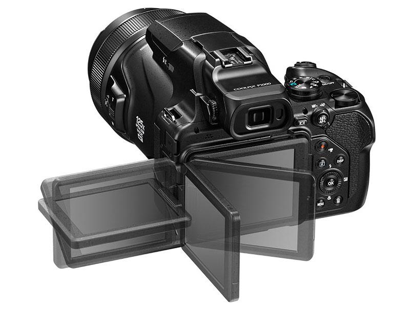 『本体 背面 バリアングル』 COOLPIX P1000 の製品画像