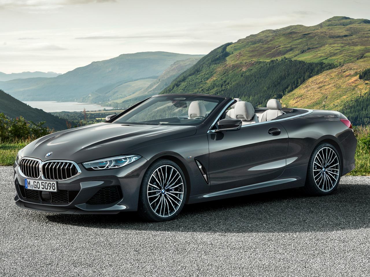 BMW 8シリーズ カブリオレ 2019年モデル 新車画像