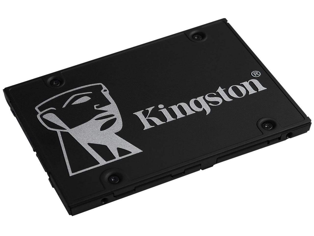 『本体 斜め』 KC600 SSD SKC600/512G の製品画像