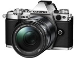 OLYMPUS OM-D E-M5 Mark II 14-150mm II レンズキット [シルバー] 製品画像