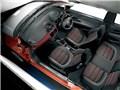 インテリア ブラック/レッド - プント エヴォ 2010年モデル