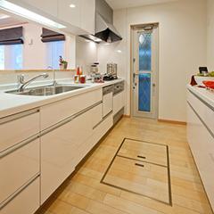 キッチンに床下収納を設置