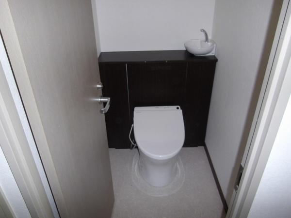 すっきりオール・イン・ワン トイレ