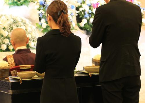 告別式と葬儀の違いとは?告別式の流れと時間スケジュール   葬儀 ...